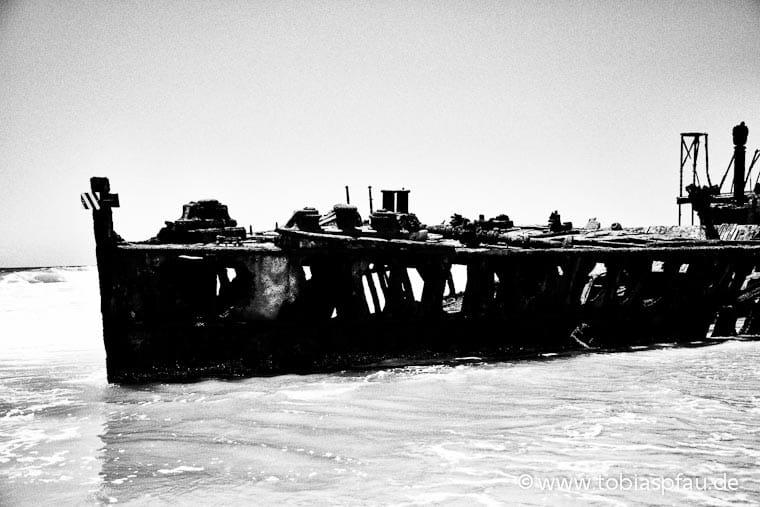 wpid7097 IMG 9395 n2Maheno Wreck Fraser Island
