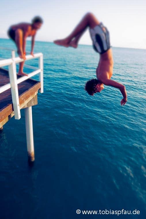 wpid7304 IMG 8383 n2series Jump in in the ocean