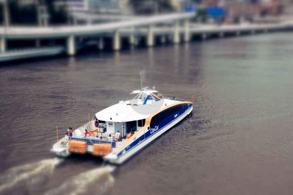 tpfau IMG 8298 n2 Mini Speed Boat