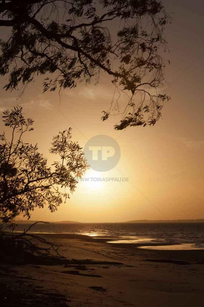 tpfau IMG 9758 Sunset on Kingfisher Bay
