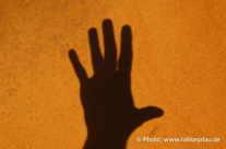 Schattenspiel mit einer Hand