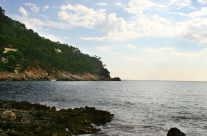 steinige Steilküste